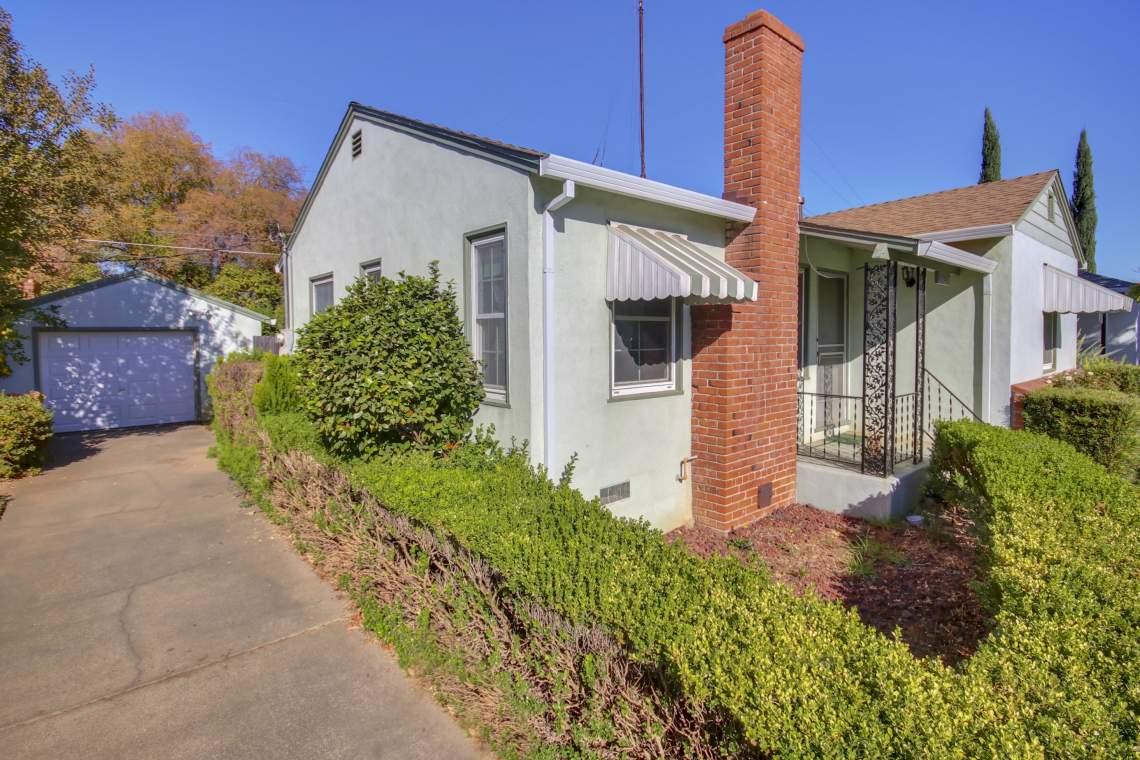 6147 1st Ave Sacramento CA-print-002-11-002-2930x1953-300dpi