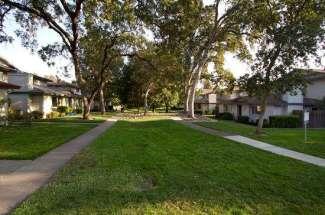 5828 Peppermill Court #4, Sacramento